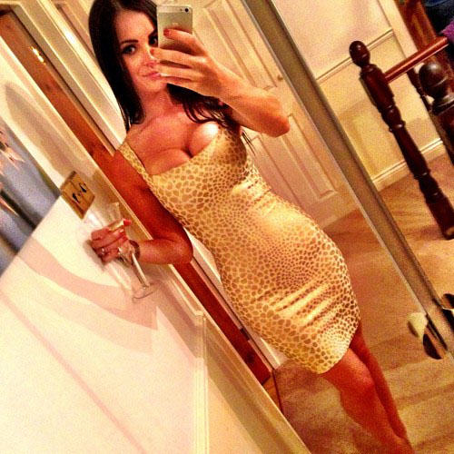 20 Girls That Make Us Jealous Of Their Outfit tight dress girls 91