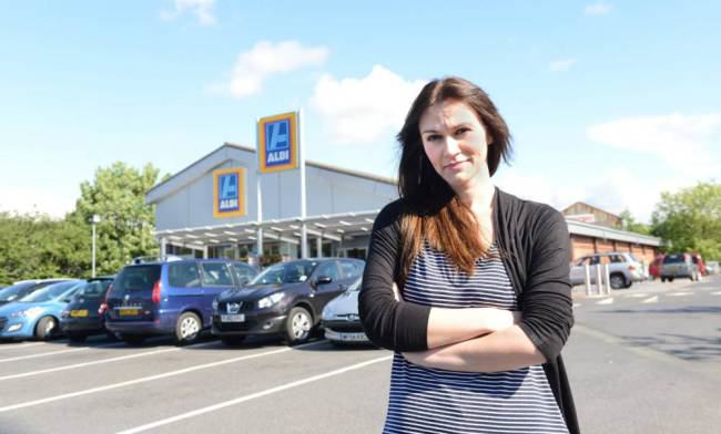 Womans Parking Obstructs Van, Aldi Staff Smash It Up ad 137346651