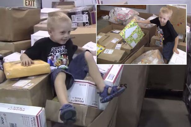 Daniel Main Terminally Ill Lad Receives 100,000 Birthday Cards From Strangers