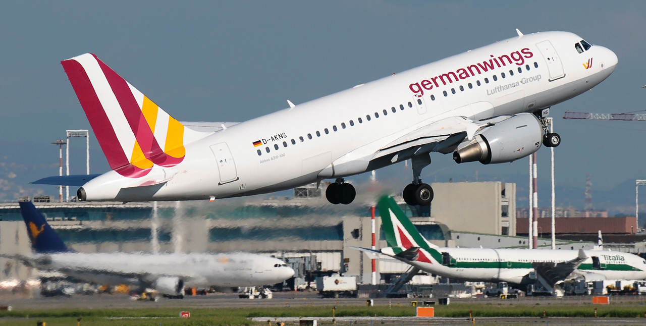 D AKNS Germanwings Airbus A319 100 PlanespottersNet 376982 Up To 150 Feared Dead As Airbus Crashes Into French Alps