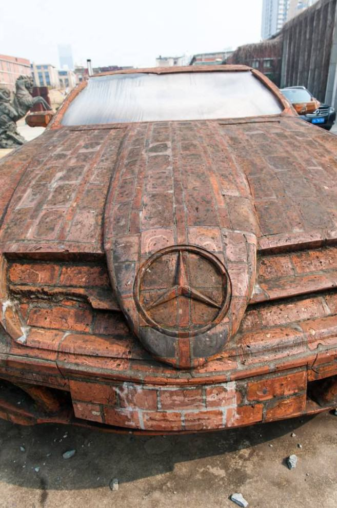 redbricks2 Man Builds Insane Mercedes Replica Using Only Red Bricks