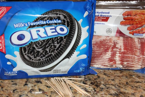 138 Oreos Wrapped In Bacon   They Are Amazing And Here Is How To Make Them