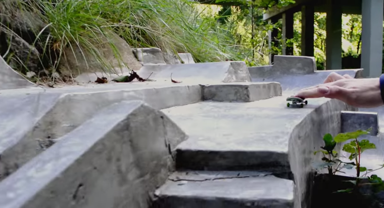 16 Lads Build Awesome Fingerboard Park, Get Drunk And Shred It