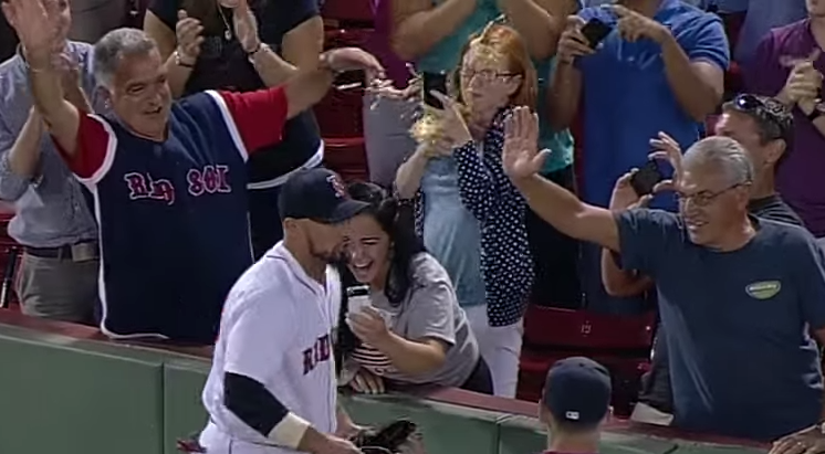 Screen Shot 2015 04 15 at 15.45.29 Red Sox Fan Ruins Everyones Day And I Cant Stop Laughing