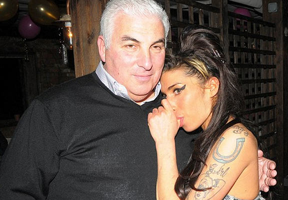 amywinehouseweb Amy Winehouses Dad Mitch Is Furious With Documentary About His Late Daughter