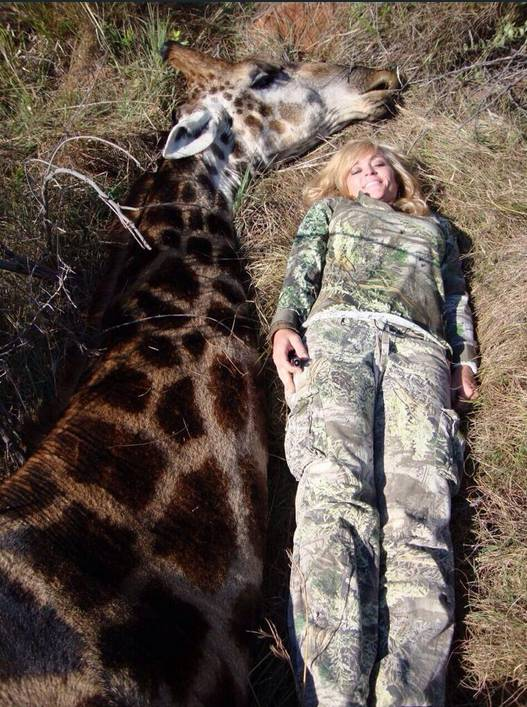 giraffe Ricky Gervais Mocks Hunter After She Kills A Giraffe And Poses Next To It