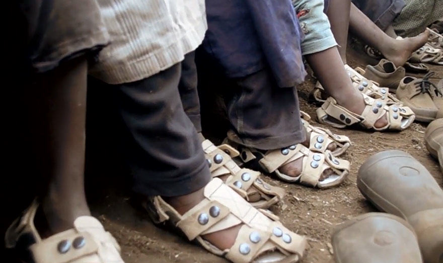 Man Creates Shoes That Grow So Poor Kids Dont Outgrow Them grow