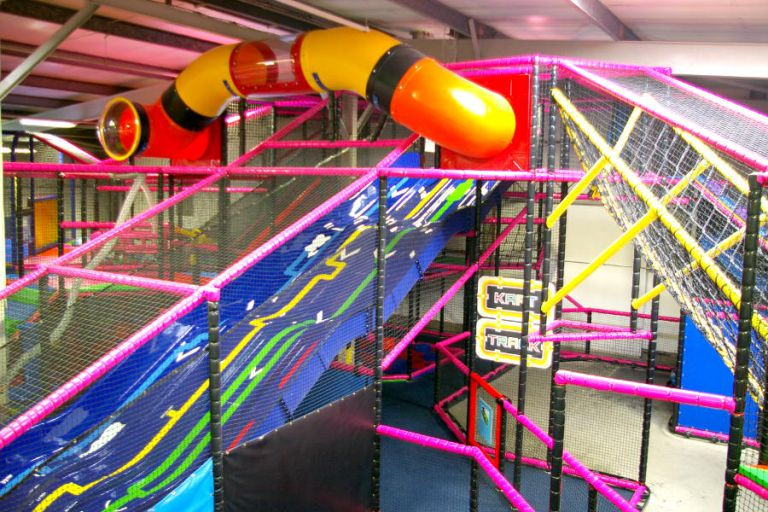 Play Centre Offers Adult Only Sessions, Looks Seriously Amazing play centre1