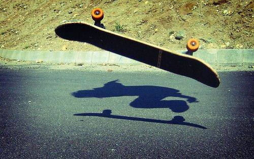 skateboard Skateboarding Dude Nearly Crashes Face First Into Ground, Pulls Off Epic Save