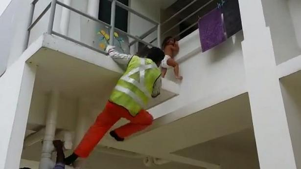 worker Worker Hailed As Hero After Saving Toddler Stuck Two Stories Up