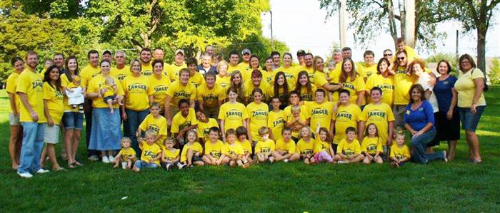100 grandkids 2 Couple Celebrates Birth Of 100th Grandchild, Say Theres Still Room For More