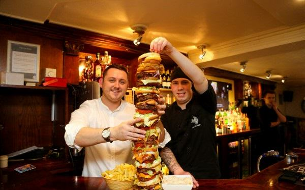 189 Restaurant Owner Creates Britains Tallest Burger   Bigger Than His Daughter