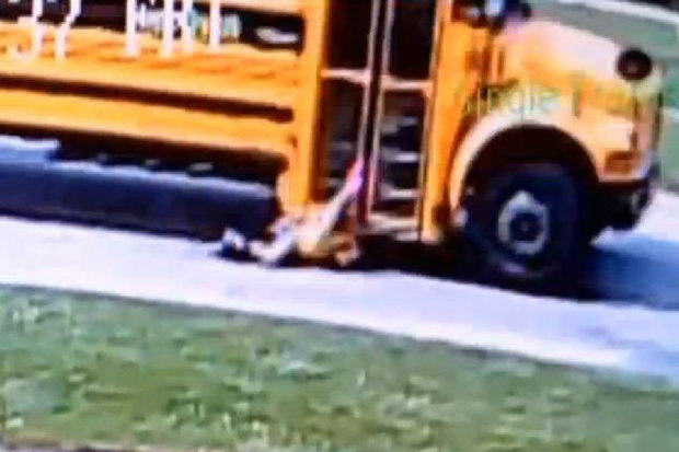 192 Horrific Footage Shows School Bus Drag Girl Down The Street After Her Bag Gets Stuck In The Door