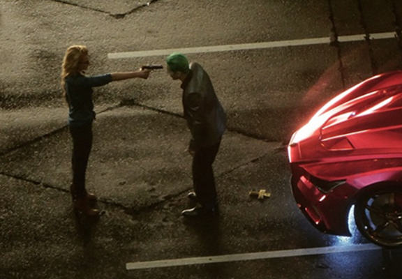 Suicide Squad leaked WEB Leaked Footage From Set Of Suicide Squad Reveals The Joker And Harley Quinn Scene