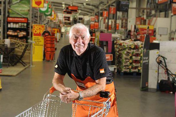 ivor smith 2 War Veteran, 82, Sacked By B&Q For Leaving Till Open For 3 Minutes