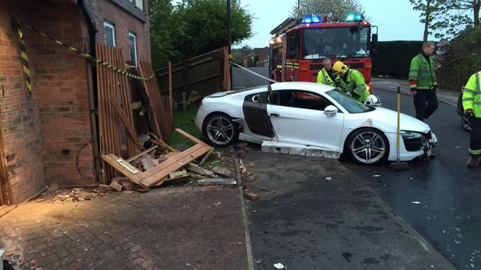 stream img Drunk Teenager Crashes Dads £100,000 Audi R8 Into Pensioners Home