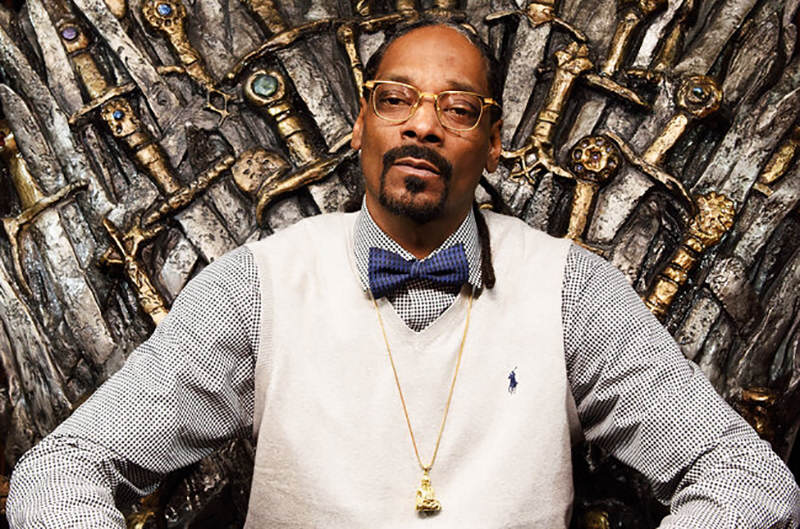 sxsw 2015 snoop dogg game of thrones chair billboard 650 Snoop Dogg Thinks Game Of Thrones Is Based On Real History