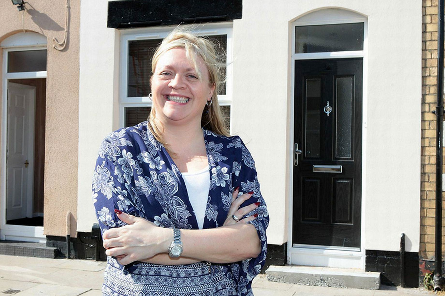 1170 This Woman Bought A House For A QUID   Look At It Now