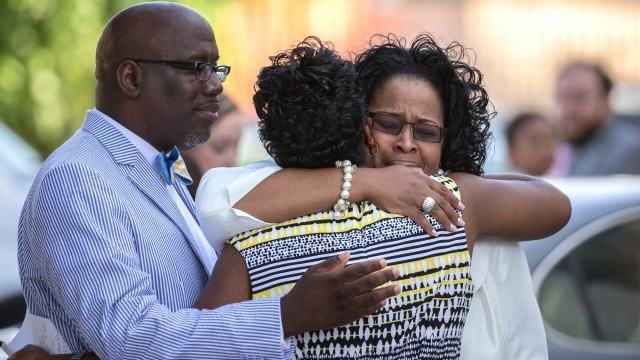 Charleston Church Reopens With Positive Message Of Love, Recovery And Healing charleston church 2