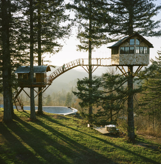 cinder cone 1 Guy Quits His Job To Build Insane Treehouse, Has Zero Regrets