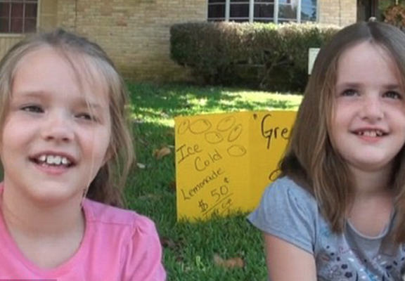 lemons2 Texas Police Shut Down Girls Lemonade Stand, They Were Trying To Make Money For Fathers Day