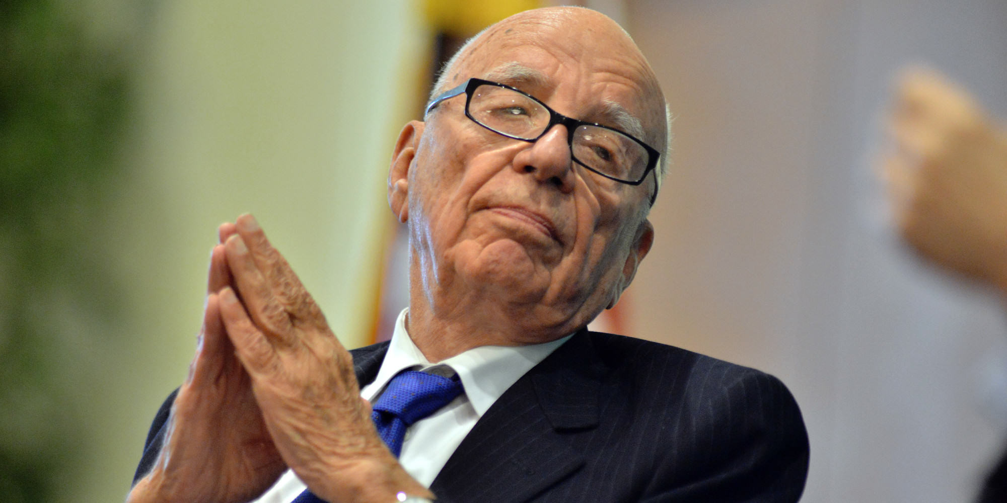 o RUPERT MURDOCH facebook Rupert Murdoch Stepping Down As CEO Of 21st Century Fox
