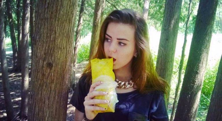 withlove This Russian Selfie Craze For Healthy Eating Is Pretty Weird