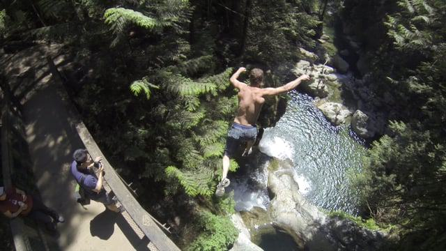 161 This Nutcase Performs Some Ridiculous And Dangerous Cliff Dives