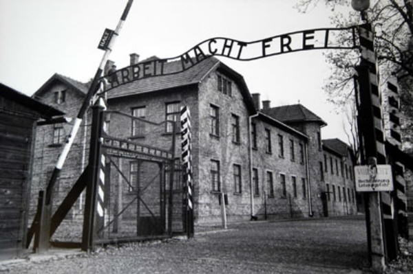 410 The 94 Year Old Bookkeeper Of Auschwitz Is Jailed For 4 Years For Helping Murder 300,000 Jews