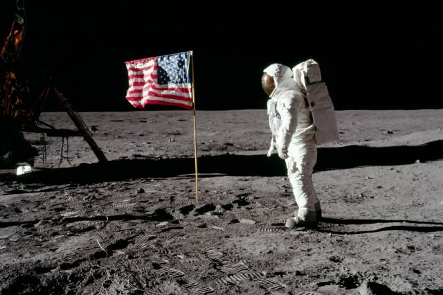 AS11 40 5875HRedit 640x426 The Speech That Would Have Been Made If The Apollo 11 Moon Landing Had Failed