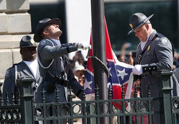 sc flag WEB The Confederate Flag Was Finally Removed From The South Carolina Statehouse Today
