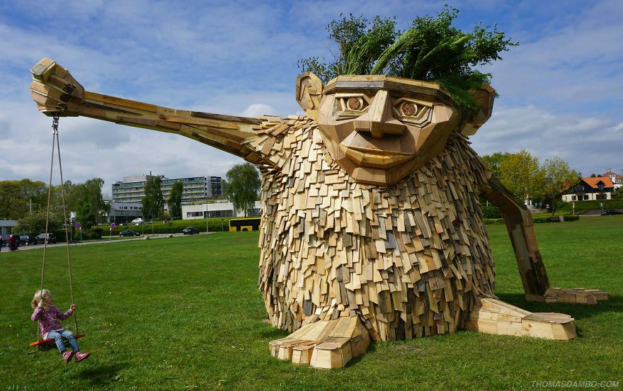 wp1 This Guys Massive Scrap Wood Sculptures Are Incredible