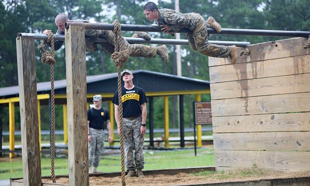 UNILAD 5760Captain Kristen Griest trains at the US Army Ranger School in Fort Benning Georgia. Photograph Us ArmyReuters4 These Are The First Women To Complete Gruelling US Army Ranger School