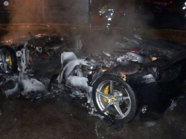 UNILAD Burnt car3 This Guy Torched His Ferrari So Daddy Would Buy Him A New One