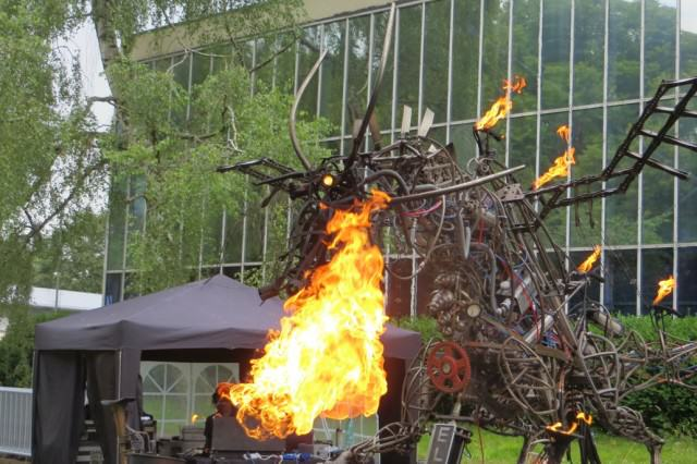 UNILAD Dragon6 640x426 Is Boomtown Fair The Maddest Festival On Earth?