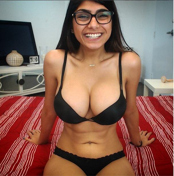 UNILAD Mia Khalifa4 This Is What Happens To Your Brain When Youre Watching Porn