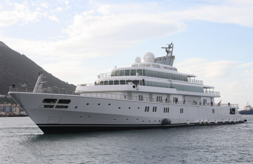 UNILAD 10y3 The Worlds Most Expensive Yachts And The Billionaires Who Own Them