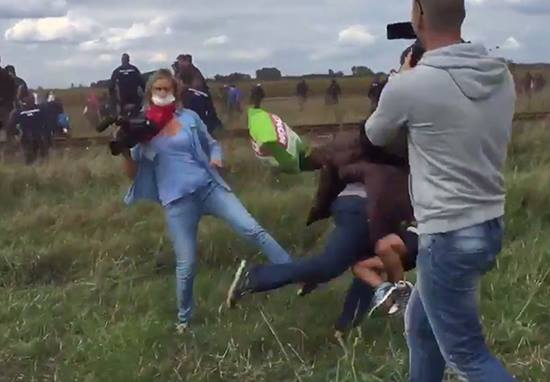 UNILAD 11948020 10153548319420549 988994144 n6 Shocking Video Shows Hungarian Camerawoman Kicking And Tripping Fleeing Refugees