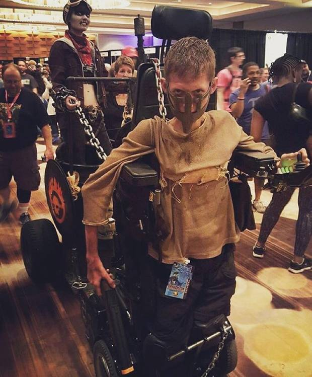 UNILAD @bloody ben intsag7 Disabled Lad Turns His Wheelchair Into Badass Mad Max Cosplay