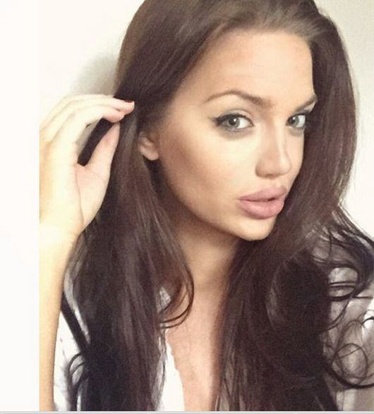 UNILAD Ag 13 Scottish Girl Who Is Double Of Angelina Jolie Goes Viral