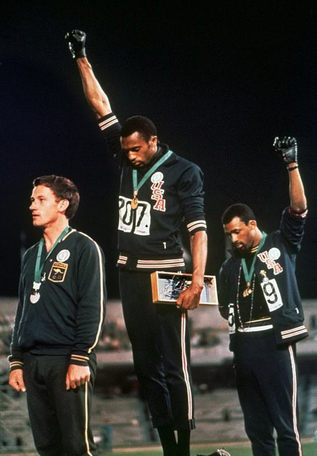 UNILAD John Carlos salute AP4 Ten Powerful Images That Shook The World