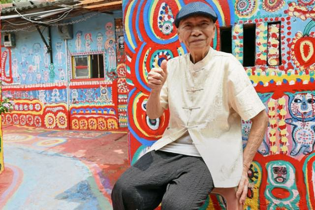 This 93 Year Old Saved His Town By Getting Creative With His Paintbrush