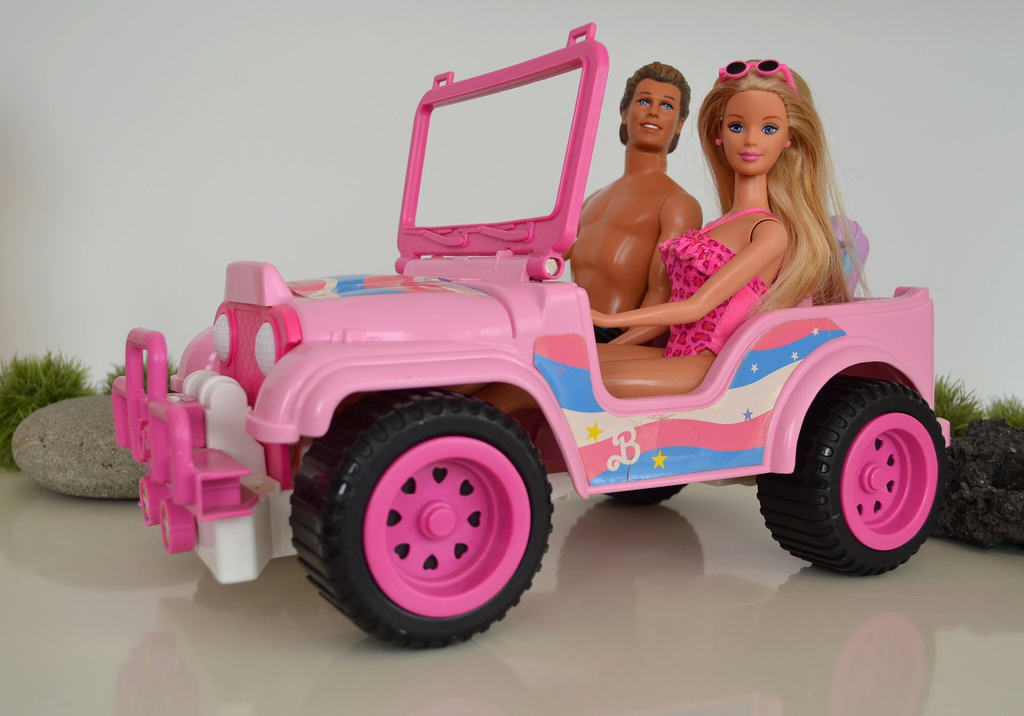 UNILAD bj3 Girl With DUI Now Drives A Barbie Jeep Around Campus