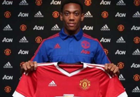 UNILAD martial web4 Do Young Players Get Made Or Broken By Huge Transfer Fees?