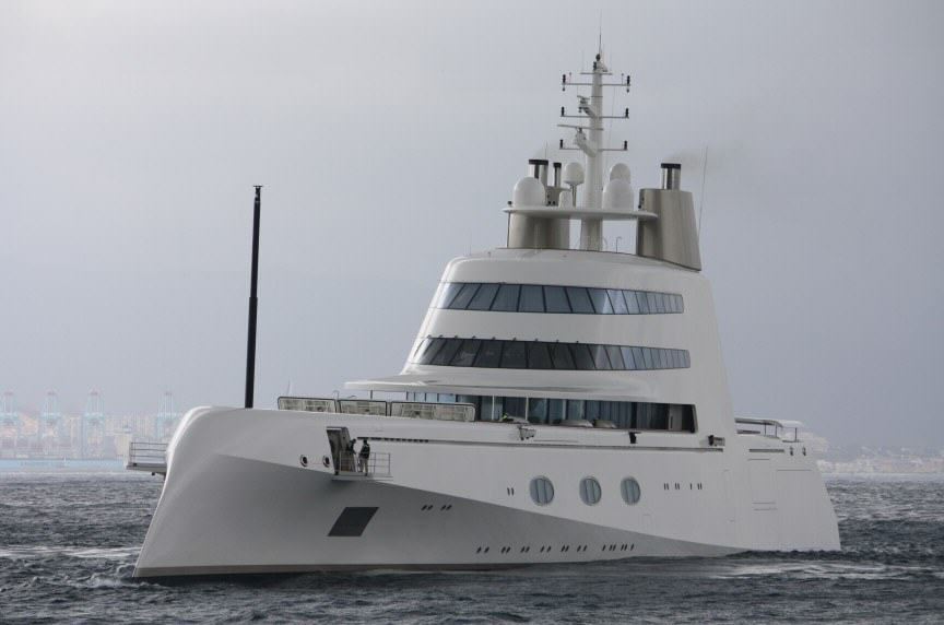 UNILAD supery5 The Worlds Most Expensive Yachts And The Billionaires Who Own Them