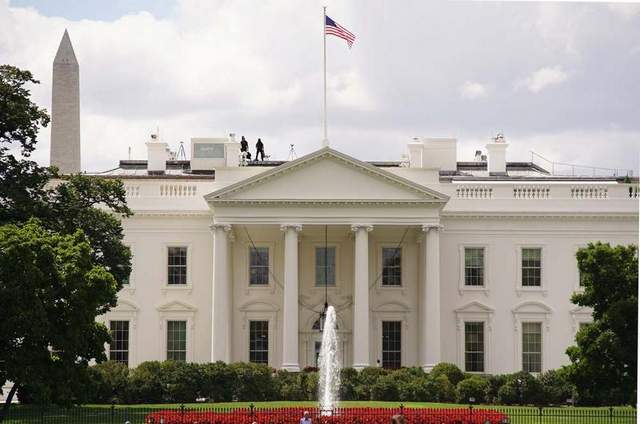 UNILAD white house6 White House Placed On Security Lockdown Due To An Unattended Package