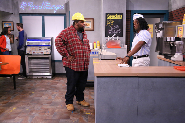 kk1 Kenan And Kel Have Returned To Serve Good Burgers On The Jimmy Fallon Show