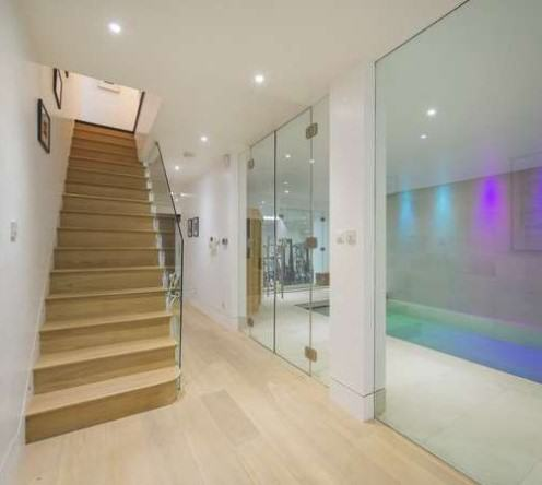 rickygervais lon102 Ricky Gervais Is Selling His London Gaff And Its NICE
