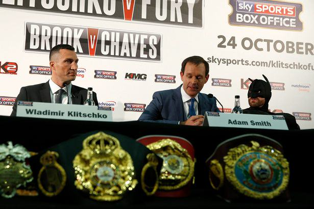 Tyson Fury Stuns Wladimir Klitschko By Appearing At Press Conference Dressed As Batman tyson fury batman 2