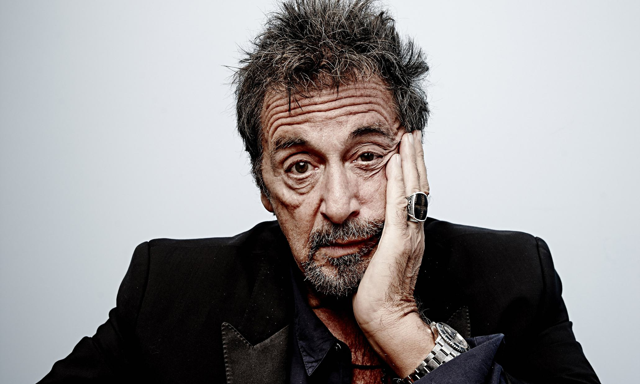 UNILAD Al Pacino sits his face l 0098 Robert De Niro, Joe Pesci And Al Pacino Will Star In New Film